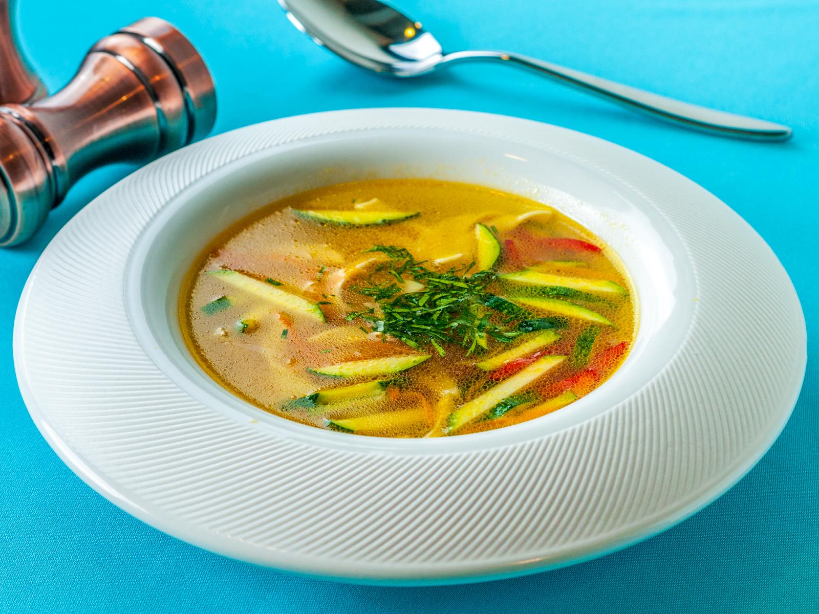 Суп Куриная лапша с овощами