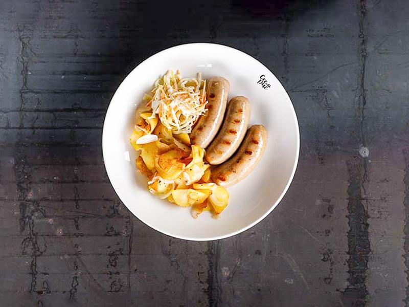Колбаски свиные с картофелем