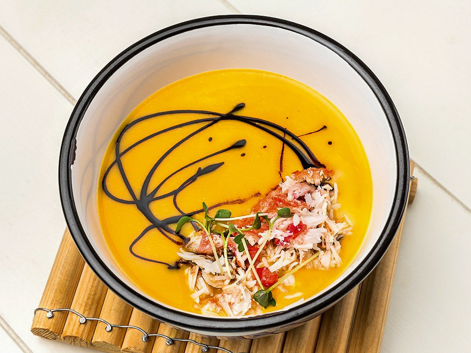 Суп-крем тыквенный с крабом