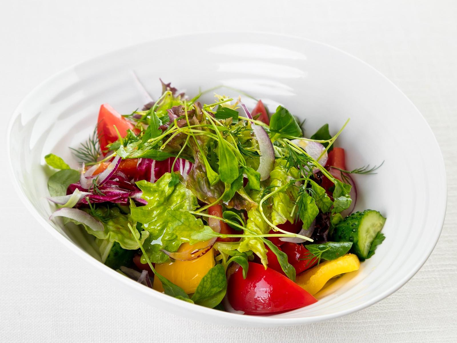 Домашний овощной салат