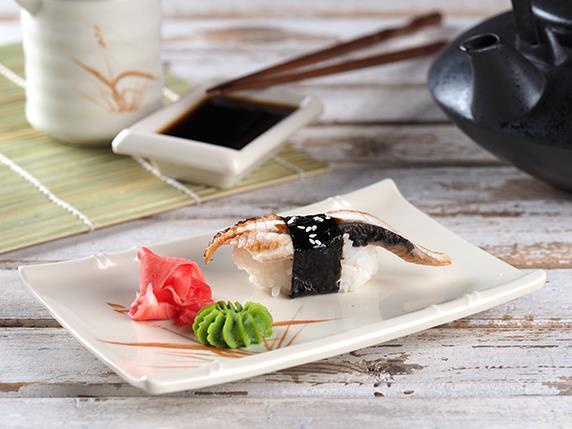 Суши с угрем/ васаби/ имбирь/ соевый соусм