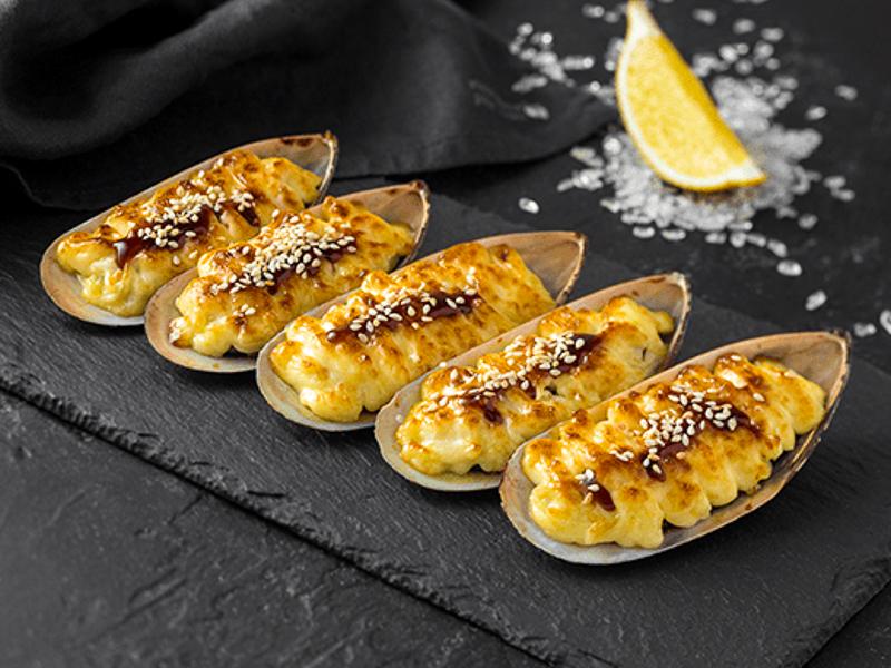Запеченные мидии сырные