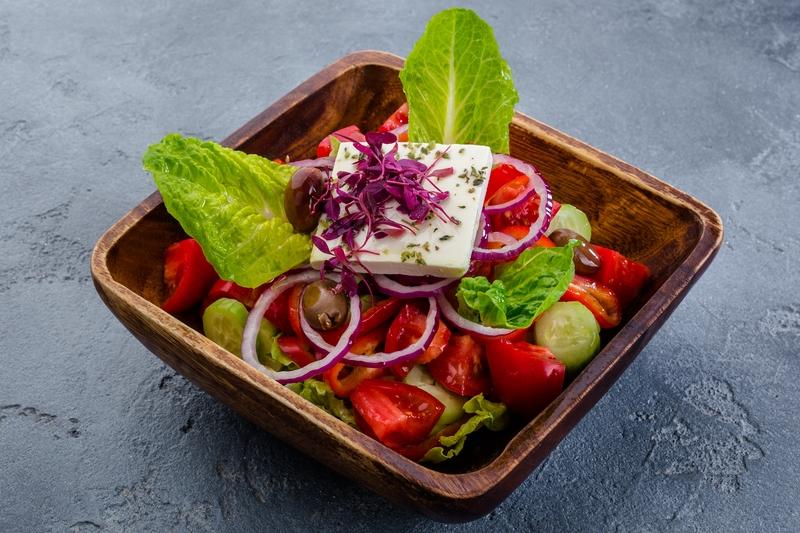 Салат из фермерских овощей