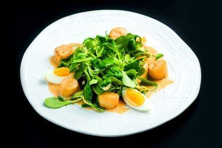 Маш-салат с гребешком