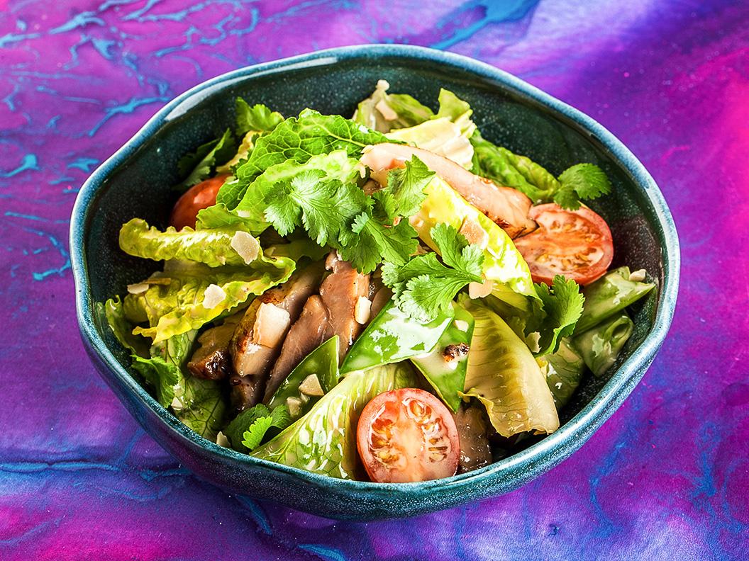 Японский салат с курицей