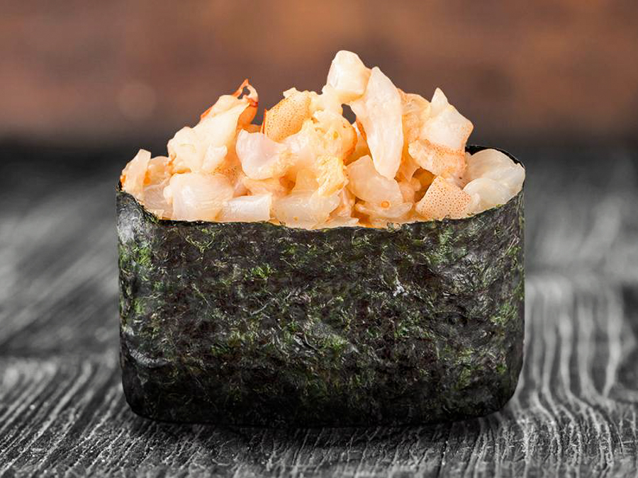 Острые суши с осьминогом