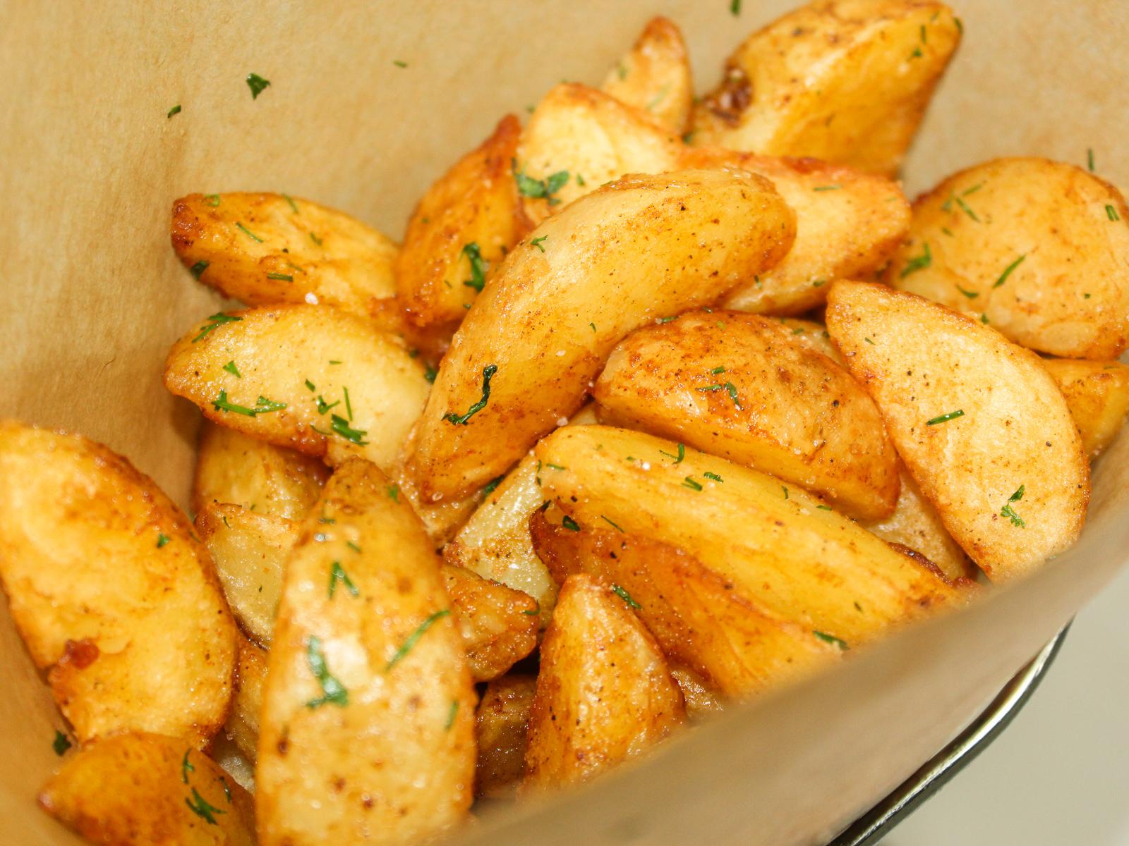Картофель по-деревенски айдахо