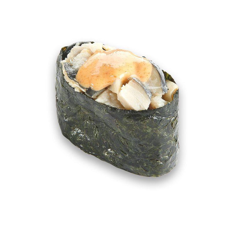 Гункан с острой маринованной скумбрией