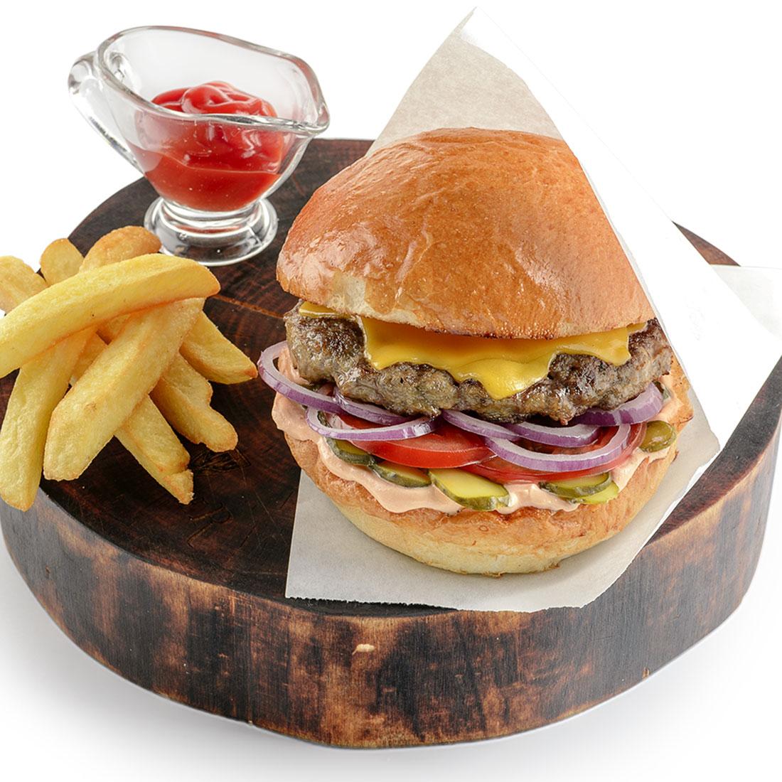 Бургер с котлетой из фермерской говядины