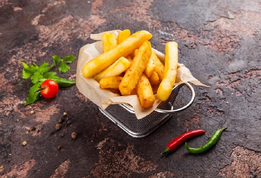 Картофель фри с адыгейской солью