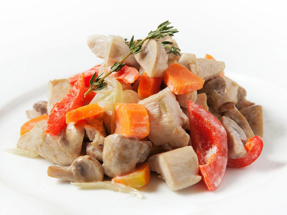 Фирменная курица с овощами