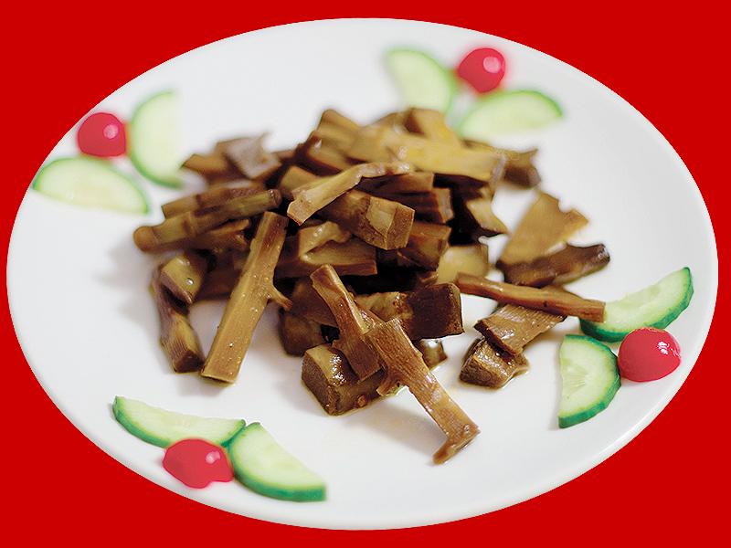 Салат из молодых ростков бамбука