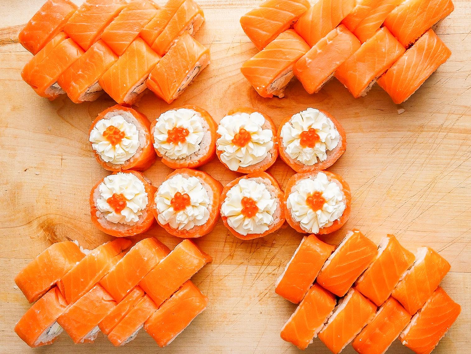 Вкусные суши и бургеры