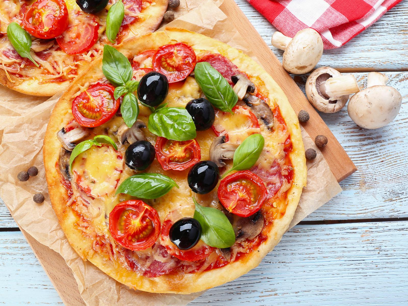 Неаполитанская пицца Mercato