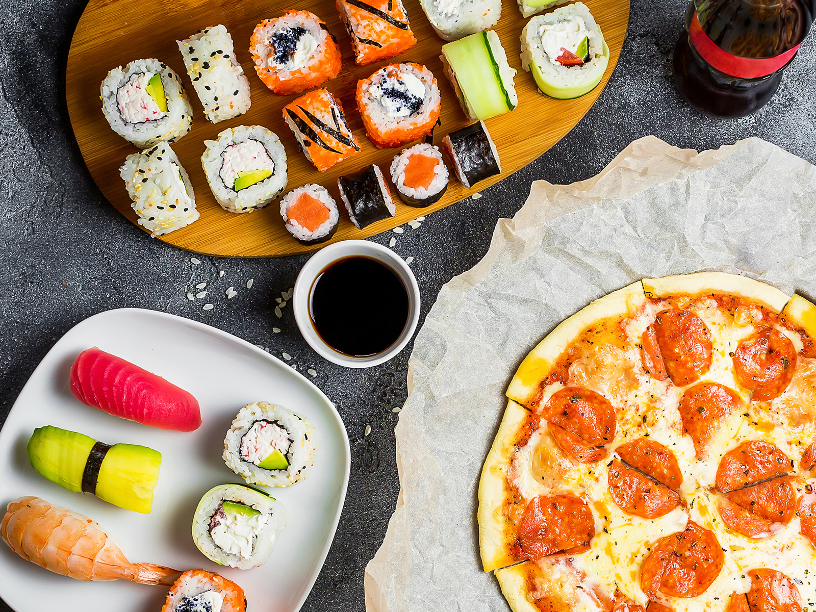 La Pizza & Sushi